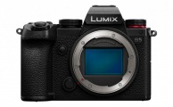 PANASONIC - Lumix S5 Body Only
